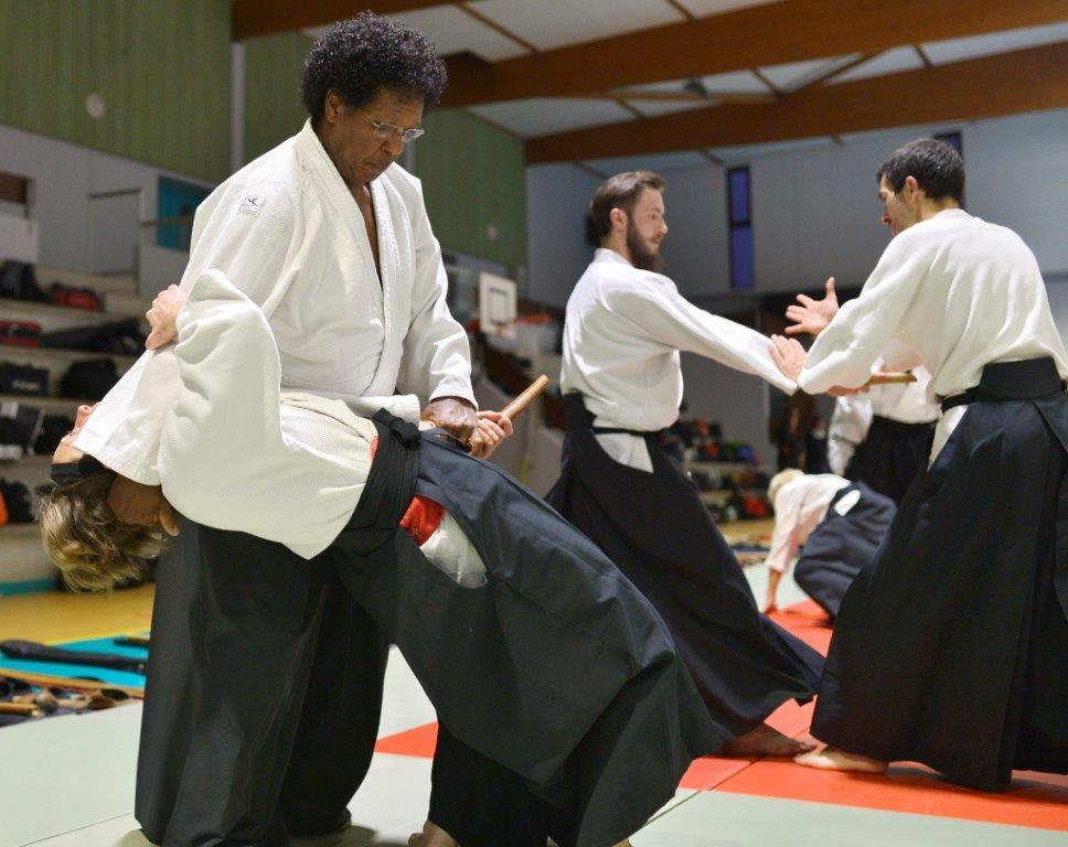 Essayez l'aïkido au dojo de Montluel Dagneux La Valbonne un art martial et pas un sport 01